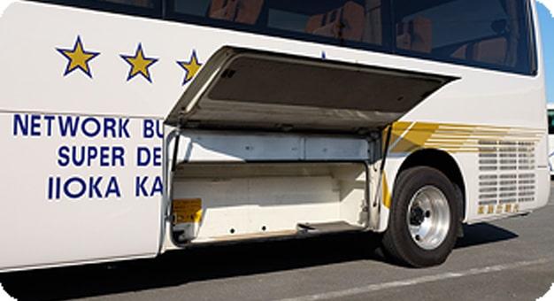 リエッセ12人乗りトランク